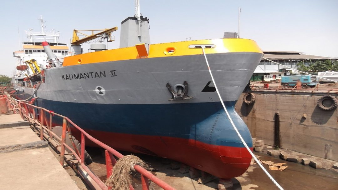 Repair and maintenance of dredgers and other ships